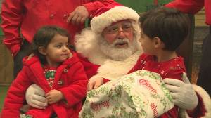 Firefighters help Calgary families in need celebrate the holidays