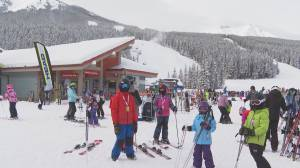 Alberta ski hills booming after snowfall, COVID-19 restrictions (01:35)