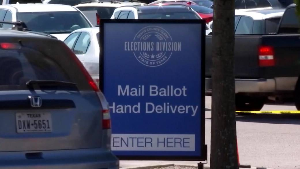 'Texas Democrats caput  to Washington to combat  GOP effort  to overhaul voting laws'