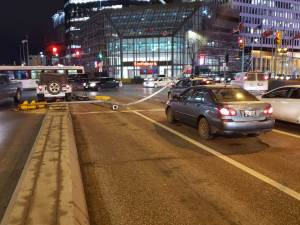 Light standard down and Portage and Main (00:38)