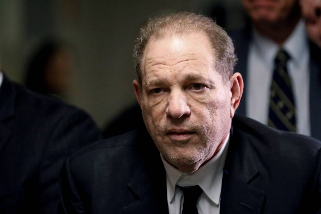 Click to play video: 'Coronavirus outbreak: Harvey Weinstein tests positive for COVID-19 from prison'