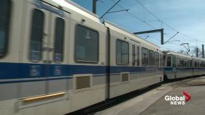 Metro Line LRT running on new signalling system in Edmonton (01:07)