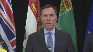 Morneau says they will consider calls by provinces to change health transfers (00:40)