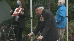 101-year-old B.C. veteran crosses finish line for charity