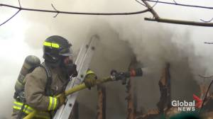 Fire at cottage rental north of Peterborough (00:52)