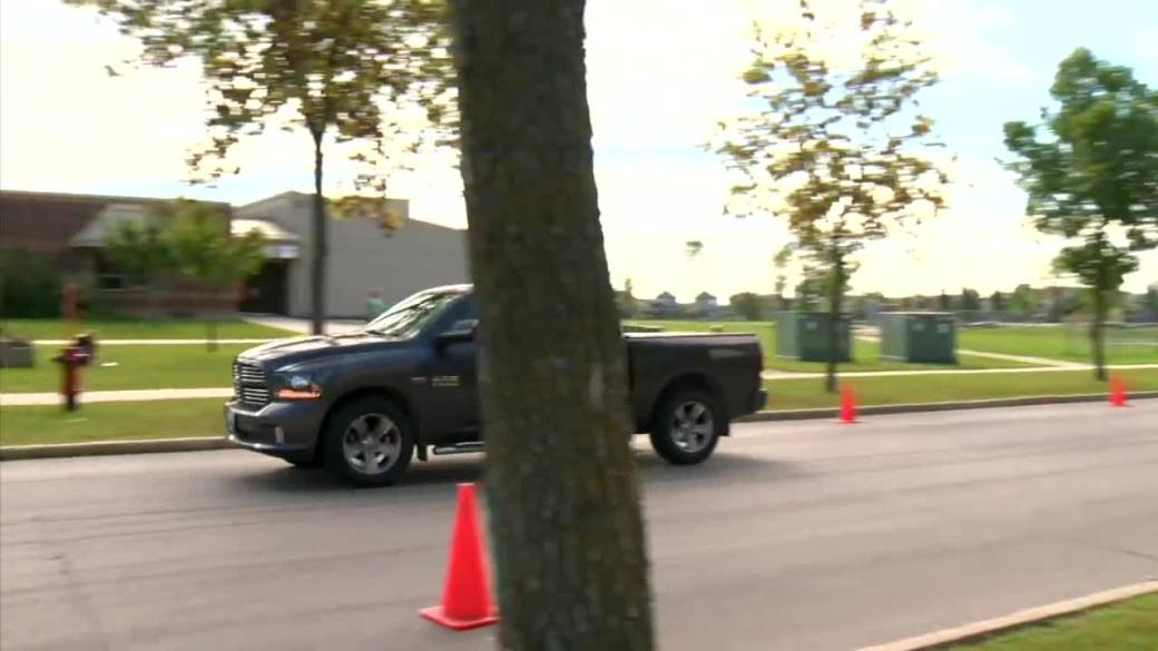 Click to play video: 'Winnipeg Police Service urges caution as school zones return Wednesday'