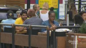 Coronavirus: Montreal bar owners react to public health announcement