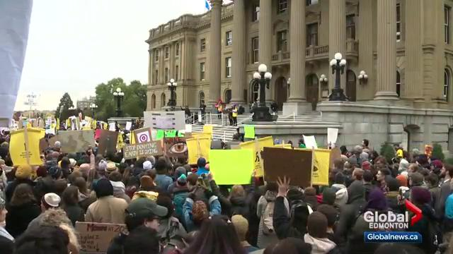 Alberta oil and gas advocates plan counter-rally amid Greta Thunberg's visit to Edmonton