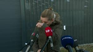 Coronavirus: Danish PM in tears after visiting mink farmer whose animals were culled (00:53)