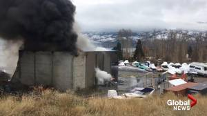 Structure goes up in flames on Gellatly Road in West Kelowna (00:35)