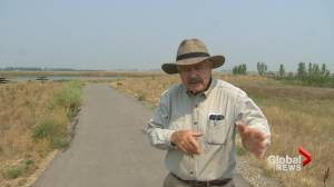 Environment minister requests town of Coaldale change signs (01:54)