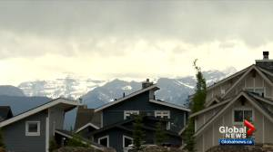 Recreational property sales and prices rise in Alberta amid pandemic (02:32)