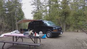 Retirees flock to van living during the pandemic (01:59)