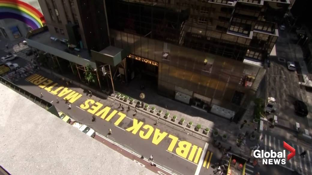 Click to play video 'Timelapse video shows Black Lives Matter mural painted on New York's Fifth Avenue'