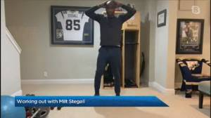 Working out with Milt Stegall (04:14)