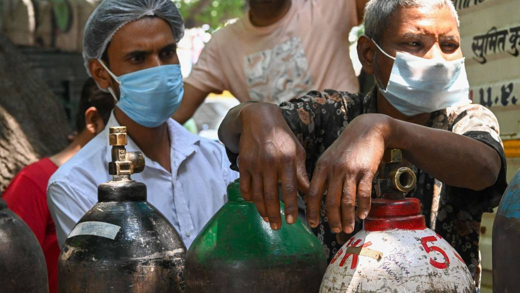 Click to play video: 'Oxygen crisis concerns for developing nations during COVID-19'