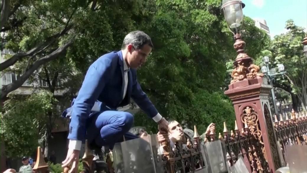 Venezuela's Juan Guaido to meet with Trudeau in Canada
