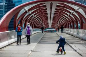 Alberta considers letting cities budget for deficits amid COVID-19