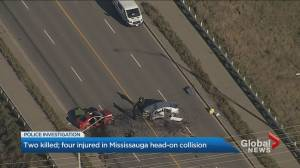 2 killed in head-on crash in Mississauga (02:46)