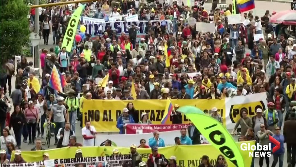 Videoyu oynatmak için tıklayın: 'Kolombiya grevi, protestoların olduğu hafta başlarken'