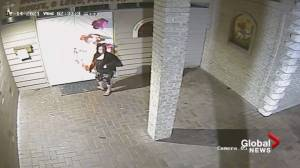Surveillance video captures woman starting fire on Surrey church door (00:46)