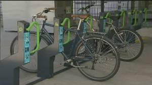 'Smart' bike lockers installed at Metro Vancouver transit hubs (01:18)