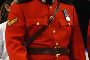 Alberta police issue warning after multiple uniforms stolen (02:09)
