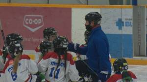 Hockey association asks for no masks on rinks in Saskatoon (01:47)