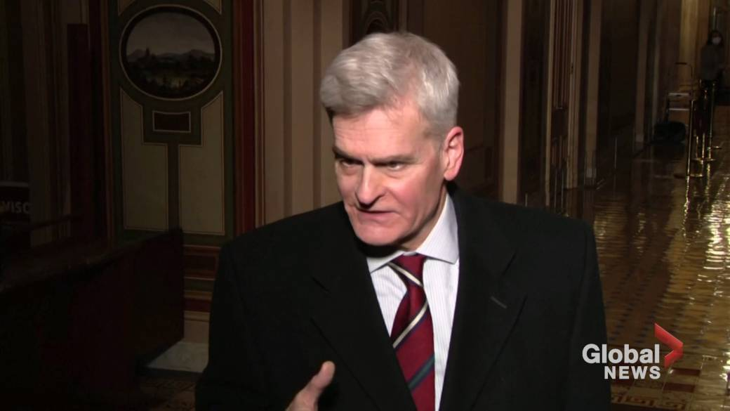 Click to play video 'Trump impeachment: Republican Sen. Cassidy switches vote in trial'