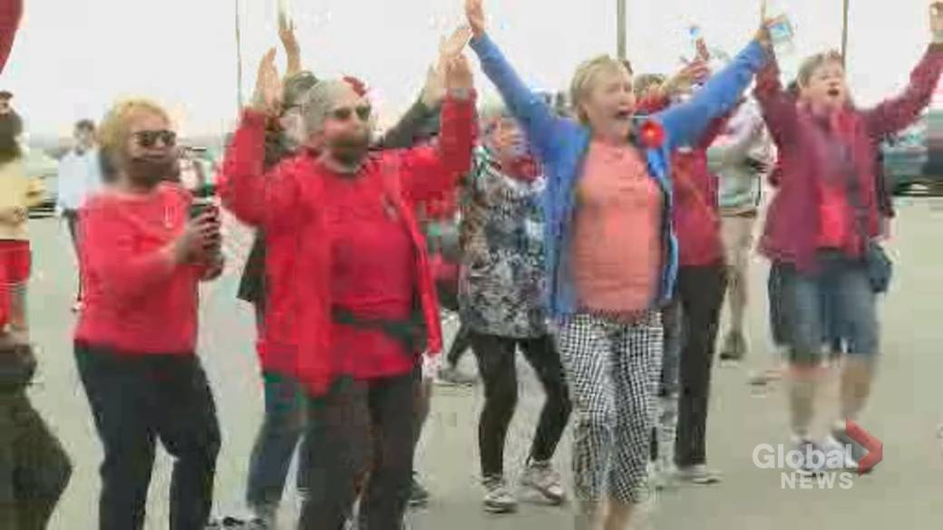 Click to play video: 'New Brunswick myeloma survivor helps to raise money for cure'
