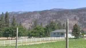 Wind may be cause for concern as forestry crews fight the Thomas Creek wildfire near Okanagan Falls (02:01)