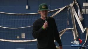 Humboldt Broncos bus crash survivor brings message to Alberta high school