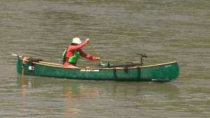 Edmonton doctor canoes to work
