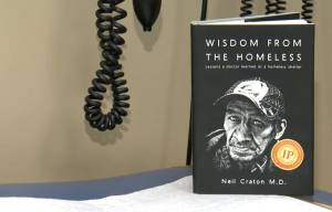 Wisdom from the Homeless: Winnipeg doctor pens book on volunteering at Siloam Mission (06:14)