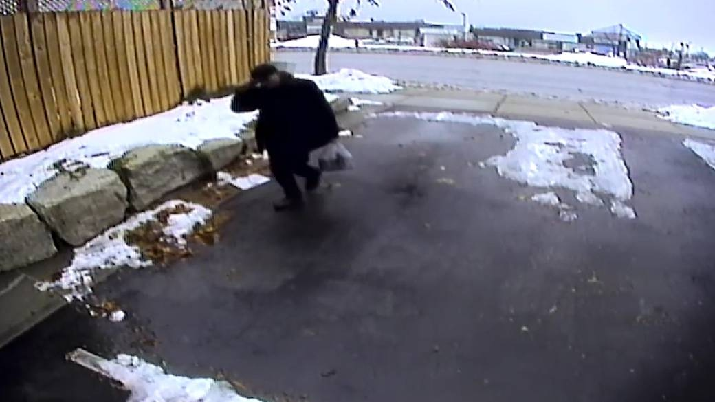 Hamilton police believe suspect caught on video may be responsible for break-ins on the mountain