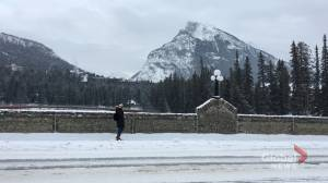 Tourists in Banff taking extreme cold in stride