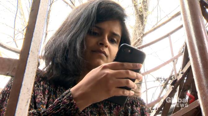 Click to play video: Indian expats in Montreal join in relief efforts for COVID-battered country