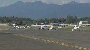 Local pilots pay tribute to Snowbirds