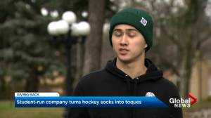 Ontario business students start toque company that helps people experiencing homelessness (01:47)