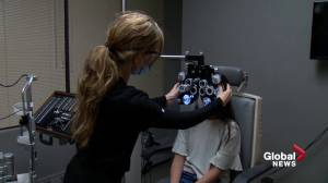 Ophthalmologists see more vision problems in kids after increased screen time (01:56)