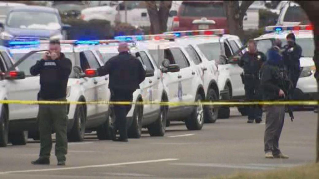 Click to play video: 'Gunman kills 10, including police officer, at Colorado supermarket'