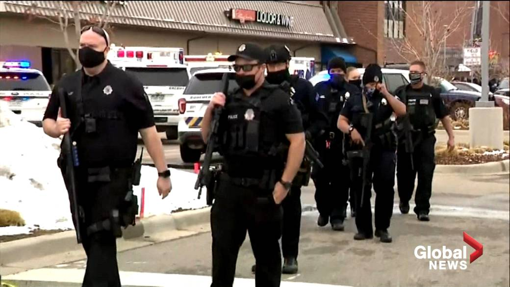 Click to play video: 'Shoppers inside Boulder, Colorado King Soopers grocery store recall shots fired, scramble to get out'