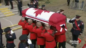 Hundreds turn up to remember Jim Flaherty