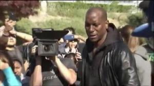 Tyrese Gibson visits Paul Walker crash site