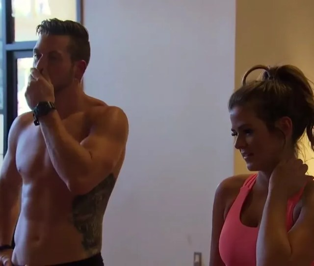 The Bachelorette Episode 3 Recap Its Getting Hot In Here So Take Off All Your Clothes I Guess