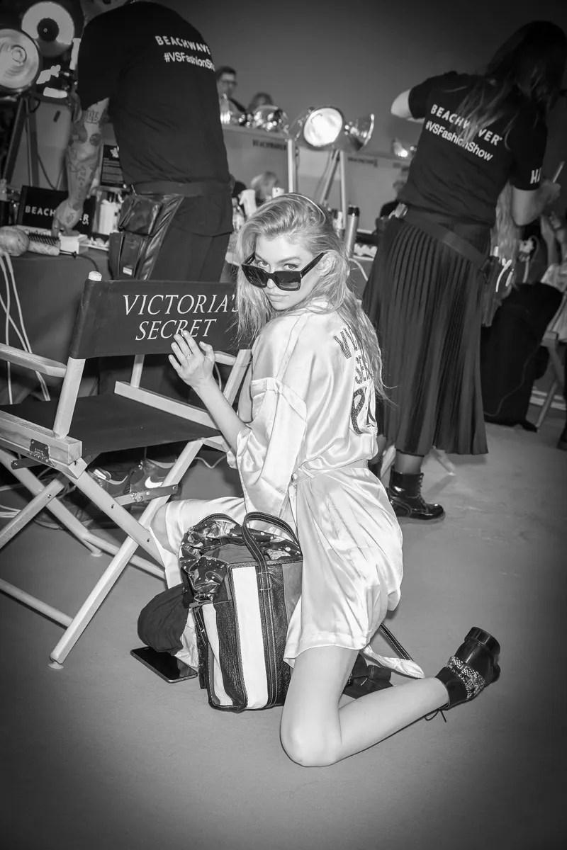 Russell-James-VS-Angels-backstage-02.jpg
