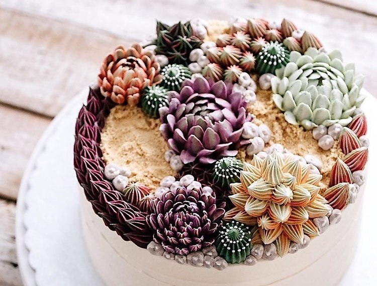 Succulent Cakes Are Summer s Coolest Wedding Trend