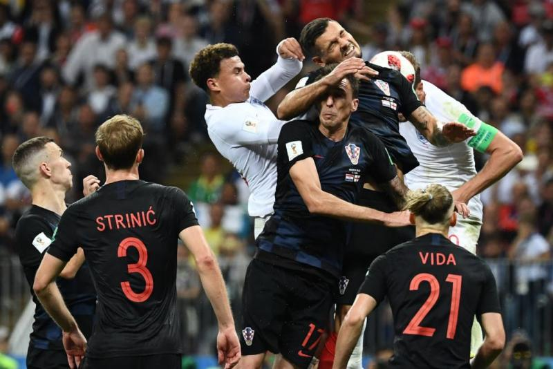 Despite the melee Harry Kane gets a header in but it goes wide.