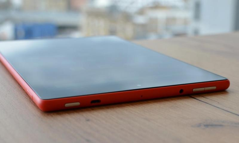 amazon fire hd 10 on a table