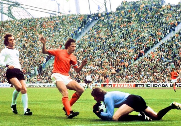 The 1974 World Cup final featured two of the game's greatest ever players, Johann Cruyff and Franz Beckenbauer.